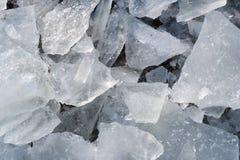Detalle de pedazos de hielo quebrado Imagen de archivo libre de regalías