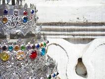 Detalle de Stupa de plata con las piedras preciosas en Chiang Mai Thailand Foto de archivo