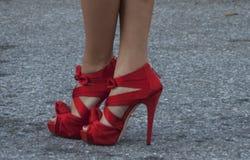 Detalle de tacones altos rojos para mujer en Nueva York Fotos de archivo libres de regalías