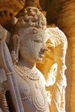 Detalle de tallas adornadas en el stepwell de Vav del ki de Rani en Patan, Gujarat fotografía de archivo
