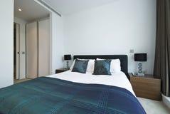 Detalle de un dormitorio moderno lujoso Imagenes de archivo
