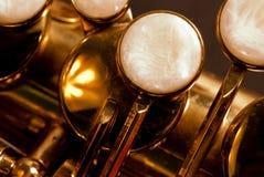 Detalle de un saxofón del alt Foto de archivo
