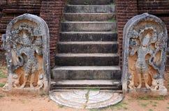Detalle de un templo en la ciudad antigua Polonnaruwa, Srí Lanka fotografía de archivo libre de regalías