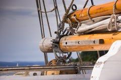 Detalle de un velero viejo Verano y mar Fotografía de archivo libre de regalías