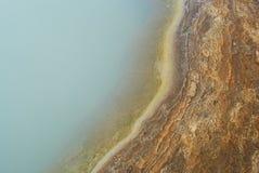 Detalle de una charca en área del geysir, Islandia imagen de archivo libre de regalías