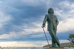 Detalle de una estatua de tamaño natural de bronce a Salvador Dali famoso en C foto de archivo libre de regalías