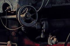 Detalle de una válvula de vapor del hierro de una locomotora de vapor vieja Imagen de archivo