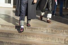 Detalle de zapatos en la semana de la moda del ` s de Milan Men Foto de archivo