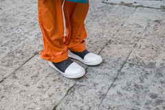 Detalle de zapatos en la semana de la moda del ` s de Milan Men Imágenes de archivo libres de regalías