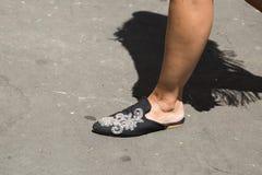 Detalle de zapatos en la semana de la moda del ` s de Milan Men Fotografía de archivo libre de regalías
