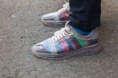 Detalle de zapatos en la semana de la moda del ` s de Milan Men Imagen de archivo
