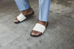Detalle de zapatos en la semana de la moda del ` s de Milan Men Imagen de archivo libre de regalías