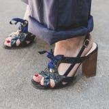 Detalle de zapatos en la semana de la moda del ` s de Milan Men Fotos de archivo