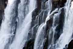 Detalle del agua que cae Victoria Falls Primer parque nacional Mosi-oa-Tunya y sitio del patrimonio mundial Zambiya zimbabwe Fotos de archivo libres de regalías
