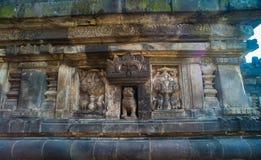 Detalle del alivio tallado en Prambanan Java, Indonesia Imagen de archivo