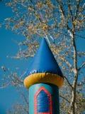 Detalle del castillo inflable para los niños fotografía de archivo