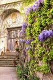Detalle del chalet Cimbrone en Ravello en la costa de Amalfi el concepto de turismo y de cultura Italia imágenes de archivo libres de regalías