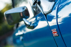 Detalle del coche del vintage - insignia del Union Jack Fotografía de archivo