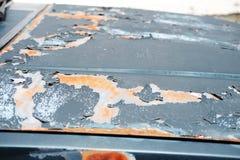 Detalle del coche viejo o del vintage delantero, coche oxidado Imagen de archivo