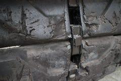 Detalle del ECU de la superficie de la pisada en el tanque de Ejército de los EE. UU. capturado en la exhibición en Vietnam Fotografía de archivo