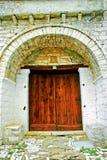 Detalle del edificio piedra-hecho tradicional en el pueblo de Vitsa en el área de Zagoria fotografía de archivo