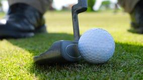 Detalle del juego de golf del ` s del deportista almacen de video