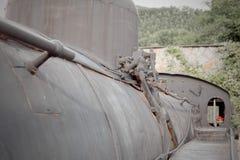 Detalle del lado de la caldera y de la calzada de una locomotora de vapor FS 9 Imagenes de archivo