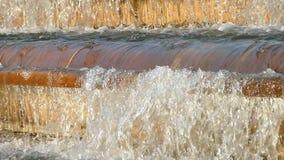 Detalle del movimiento del agua Cámara lenta almacen de metraje de vídeo