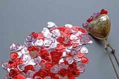 Detalle del paisaje del extracto del tamiz del té del día de tarjeta del día de San Valentín foto de archivo