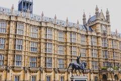 Detalle del palacio del edificio de Westminster en centavo de la ciudad de Londres Imágenes de archivo libres de regalías