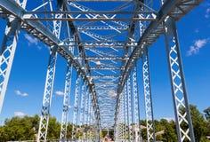 Detalle del puente de arco de acero Foto de archivo