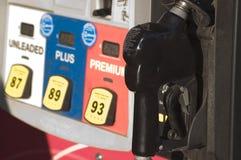 Detalle del surtidor de gasolina Fotografía de archivo