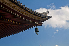 Detalle del tejado del templo Imágenes de archivo libres de regalías