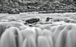 Detalle del Telephoto de la cascada del ` s Dettifoss de Islandia Imagen de archivo