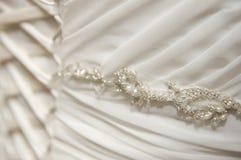 Detalle del vestido de boda fotos de archivo