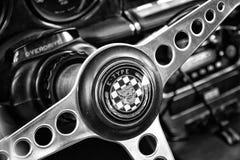 Detalle del volante de un E-tipo de Jaguar del coche Fotografía de archivo libre de regalías