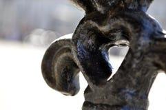 Detalle en forma de corazón arquitectónico del metal Imagen de archivo libre de regalías