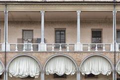 Detalle externo de las ventanas imágenes de archivo libres de regalías