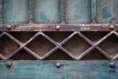 Detalle geométrico de la vieja puerta Fotografía de archivo