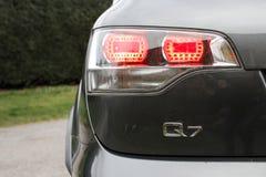 Detalle gris de SUV Audi Q7 Imagen de archivo