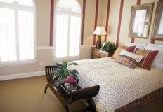 Detalle hermoso del dormitorio fotografía de archivo