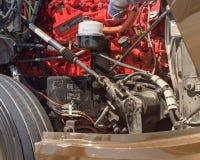 Detalle la opinión el motor de un camión de reparto lleno-eléctrico de la clase 6 fotos de archivo