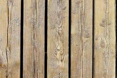 Detalle macro envejecido de la textura de madera de la playa con la arena Imágenes de archivo libres de regalías
