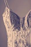 Detalle magnífico del vestido de boda del vintage Foto de archivo libre de regalías