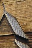 Detalle medieval de la iglesia del bastón de Lom Símbolo de Viking Turismo de Noruega Fotos de archivo