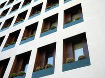Detalle moderno de la fachada Fotos de archivo