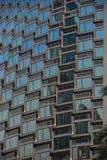 Detalle moderno del edificio de oficinas, superficie de cristal fotografía de archivo libre de regalías
