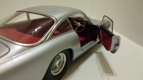 Detalle pracing italiano de la puerta abierta del coche de caballo de Ferrari 250 Berlinetta Lusso Fotos de archivo libres de regalías