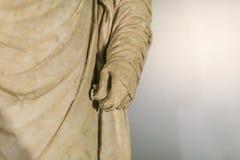 Detalle romano de la mano de la estatua Foto de archivo