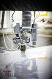 Detalle Waterjet de la cortadora del CNC fotos de archivo libres de regalías